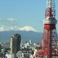 雪化粧した富士山